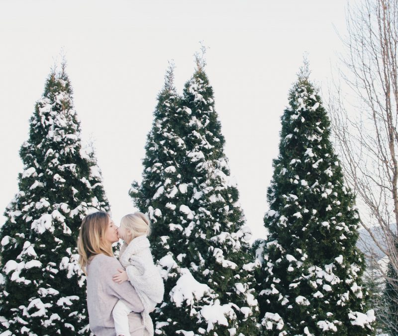 15 random facts to ask your spouse about you to document the crazy and chaotic season of life. https://shesbecomingdomestic.com/2018/01/15/to-remember-when-im-70/