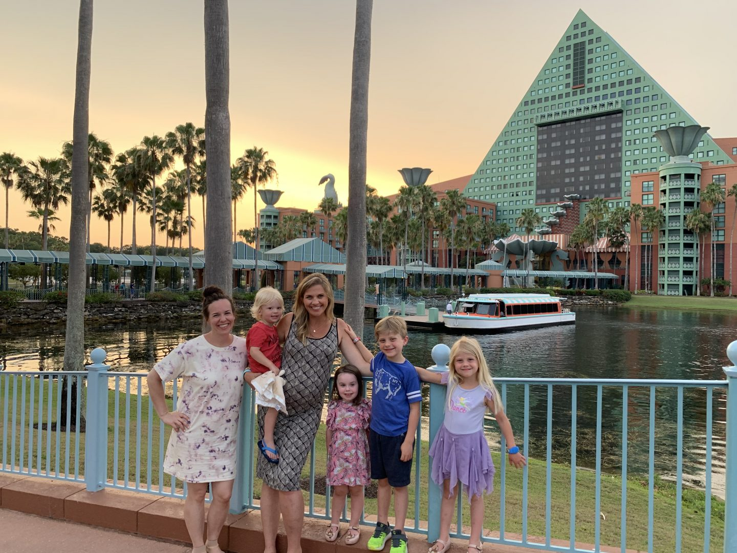 5 Reasons Why We Love Staying at Walt Disney's Swan & Dolphin Resorts